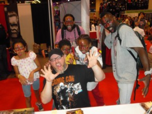 Jacen Burrows and Crossed Fans (via avatarpress.com)